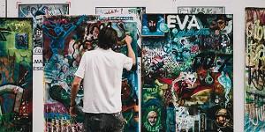 アーティストに学ぶ思考の身のつけ方